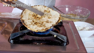 Baking Naan on Gas