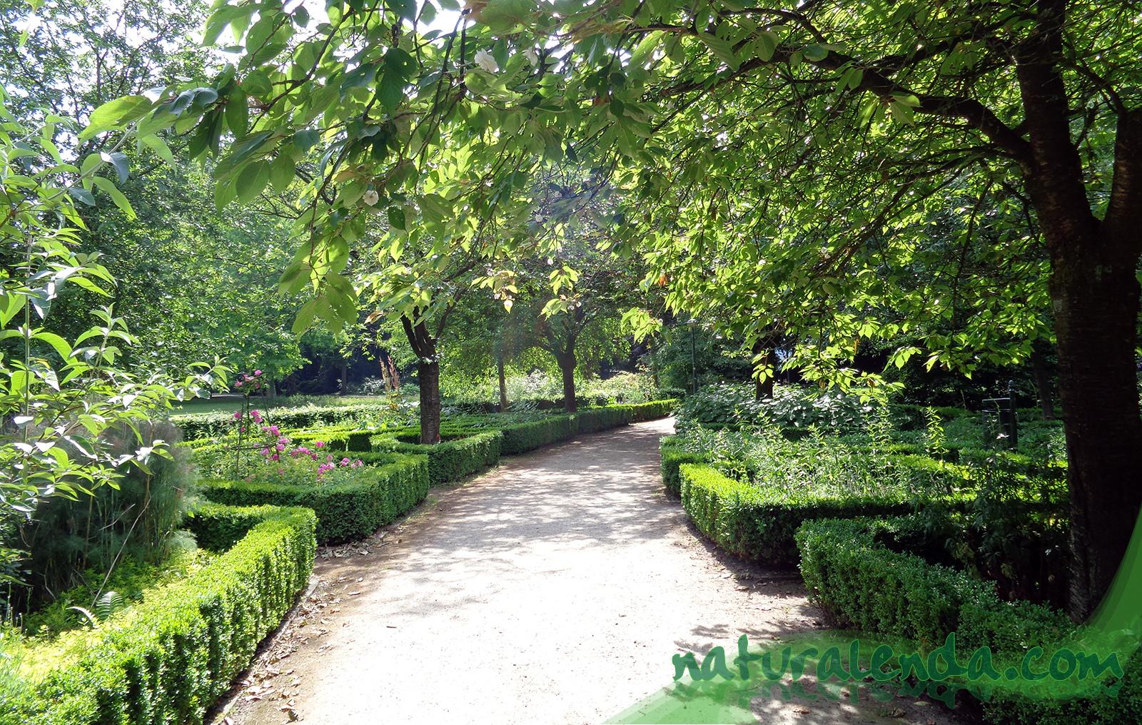 jardin de estilo clasico