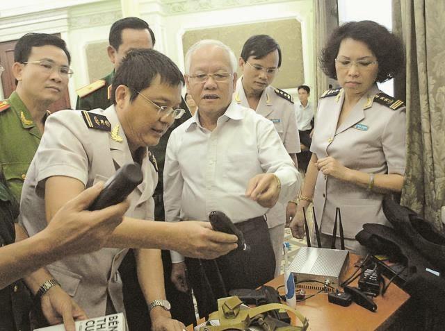 Chi cụ hải quan TP.HCM ngăn chặn thiết bị nghe lén đường hàng không