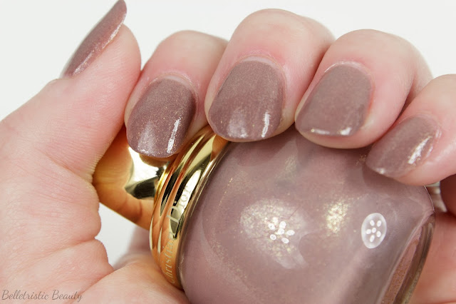Dior Frimas Diorific Vernis Nail Polish Lacquer Swatch Golden Winter Collection, Holiday 2013 in indoor lighting