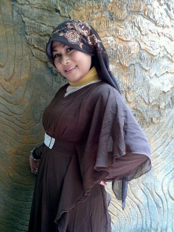 Cewekjilbablover.blogspot.com - Foto Tante Jilbab, Mencari Petualangan Seks Baru.