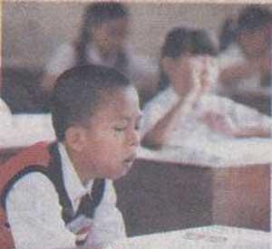 Ekspresi Anak SD Saat Ujian