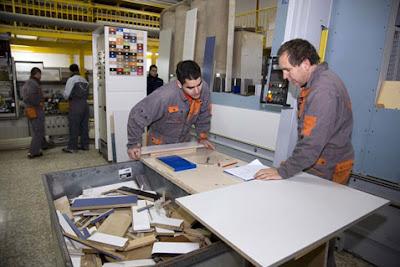 Clientes y proveedores for Fabrica de muebles para oficina