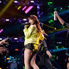 Carly Rae Jepsen bores 'American Idol' crew with her clich filled 'I Take A Picture'
