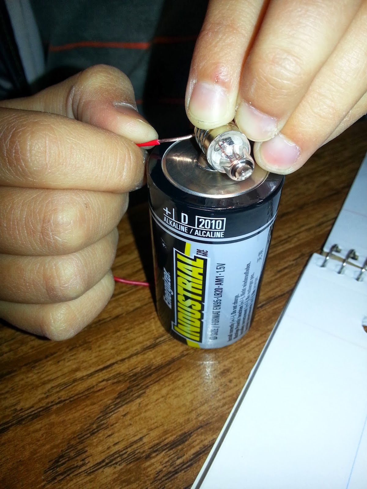 well, michelle? make a closed circuit \u003d engagement!teamwork to create a closed circuit with only one wire