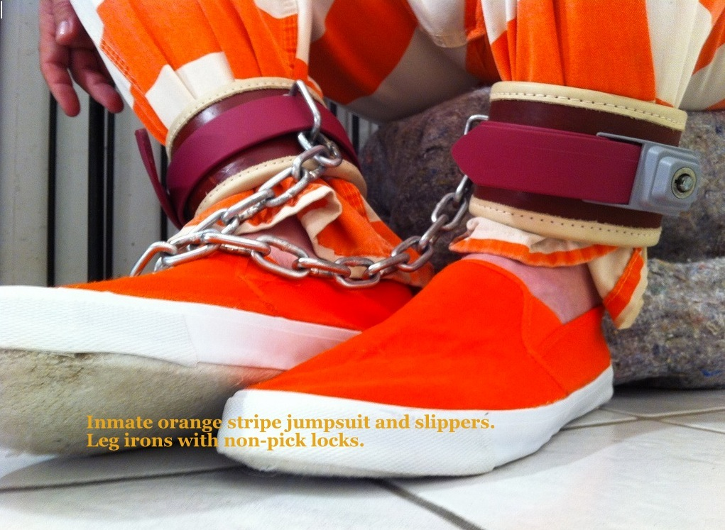 Inmate+Orange+slippers+and+leg+irons.jpg
