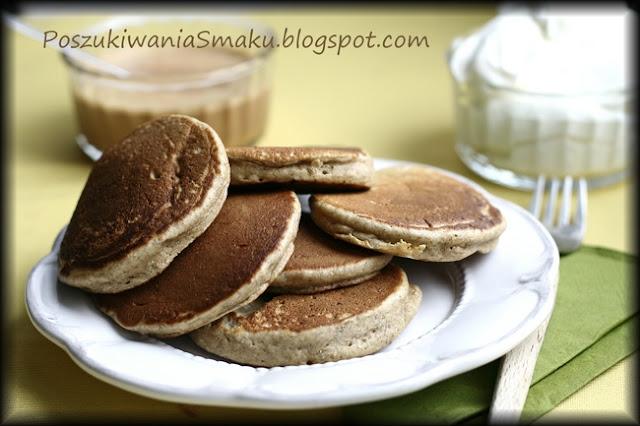 Racuchy, pancakes czy placuszki? Przepis podstawowy na zwykłe i razowe