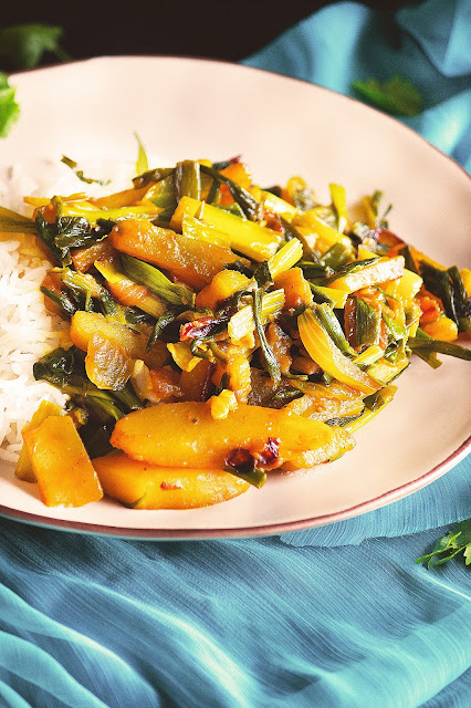 how to cook spring onion curry