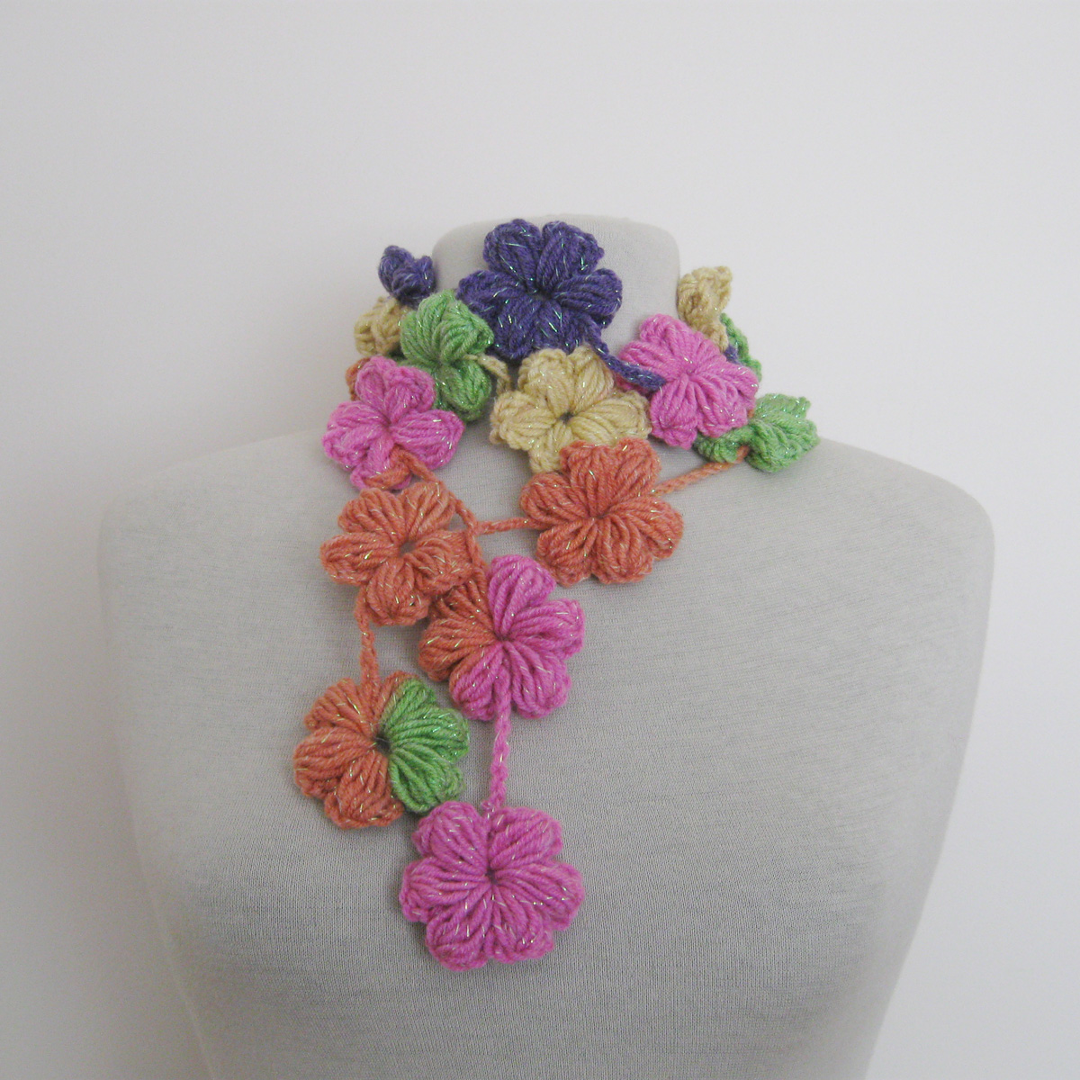 Crochet flower lace pattern
