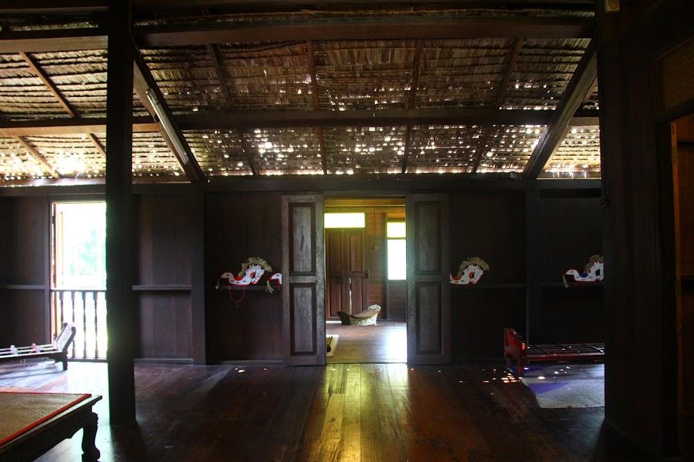 Bahagian dalam Rumah Pahang