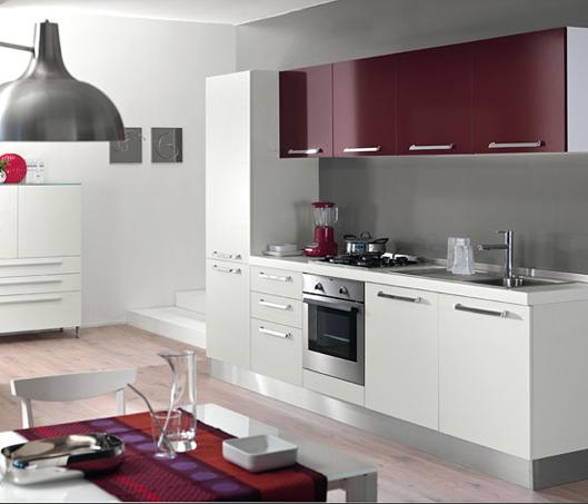 Cocinas lineales nada presuntuosas cocinas con estilo for Cocinas lineales de cuatro metros
