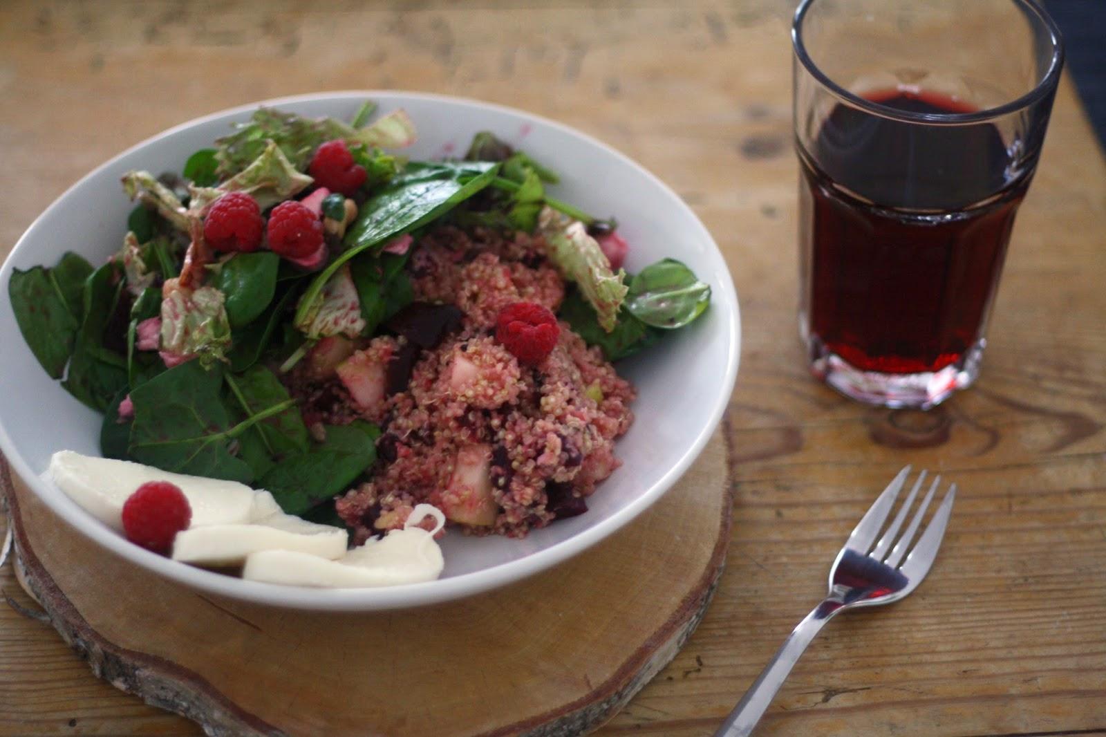 Rote Beete Quinoa Salat