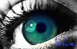 Esguard vert en un fons blau