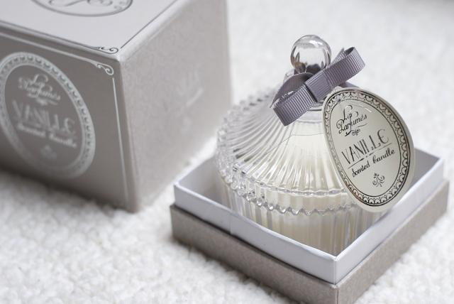 maisons du monde vanille scented candle