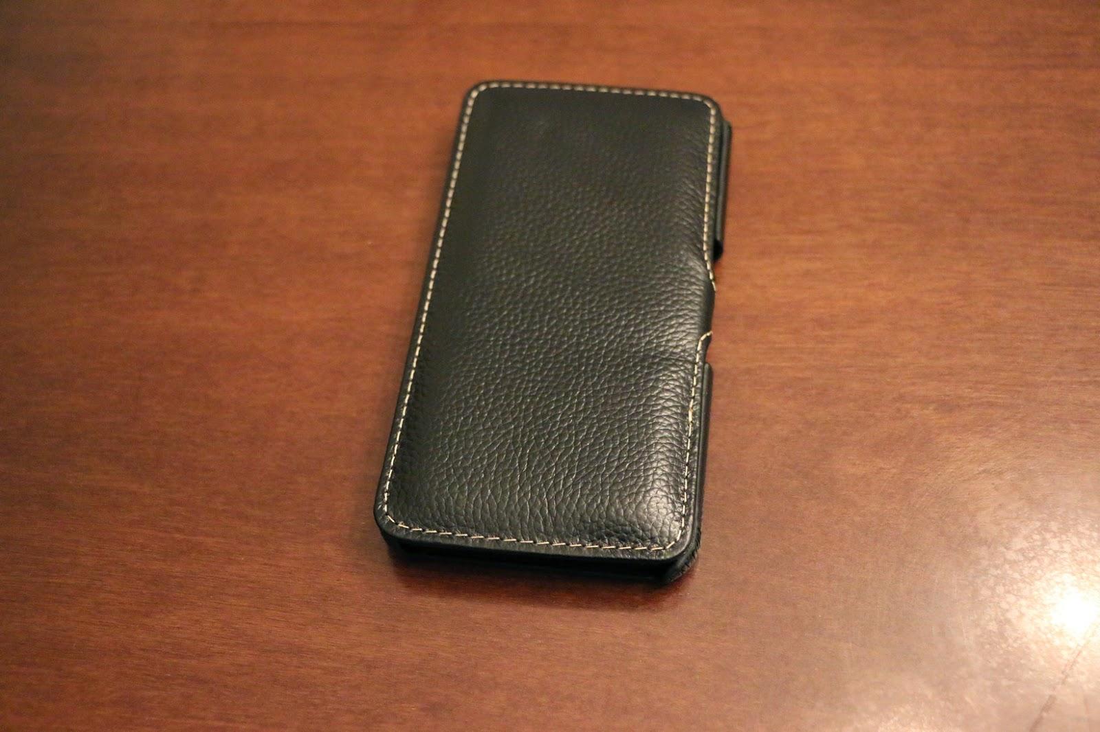 StilGut custodia Galaxy S6 modello Book Type nera aperta