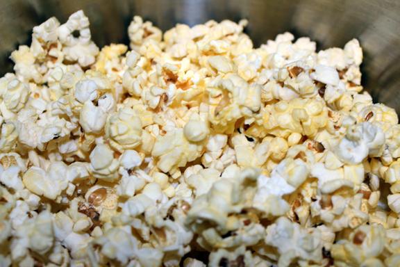 Old Fashioned Sugar Coated Popcorn