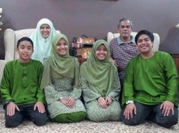;)Family