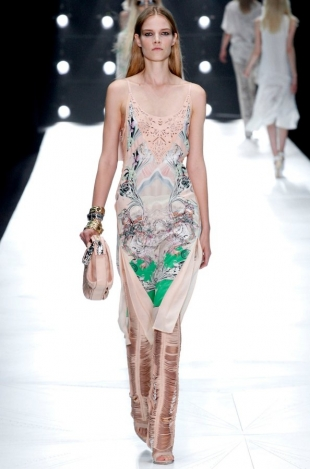 Roberto-Cavalli-Collection-Spring-2013-3
