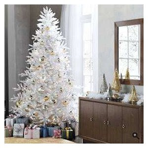 White christmas trees let 39 s celebrate for White christmas tree with gold decorations