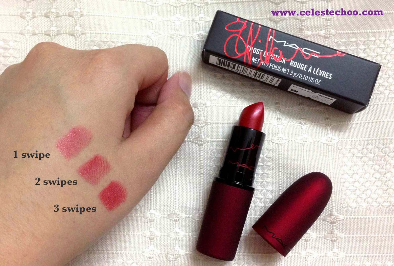 mac-cosmetics-red-lipstick-rihanna