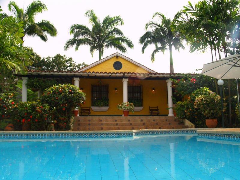 Asesor inmobiliario valencia venezuela safari country - Casas de pueblo en valencia ...
