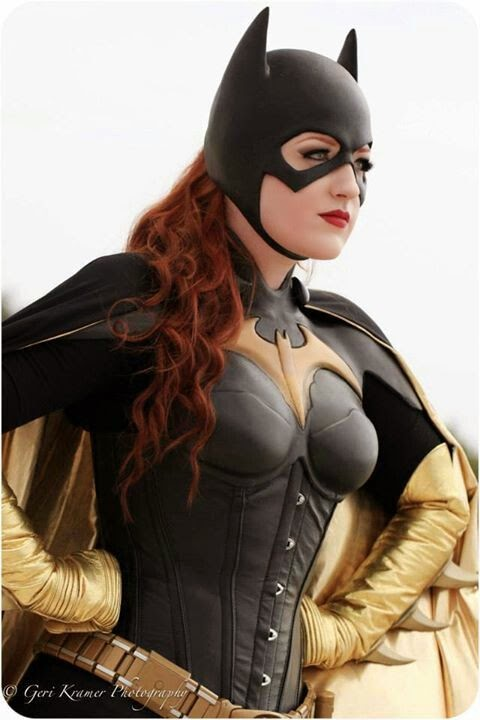 Batman Edición 75 Aniversario: Top 10 de los Cosplays más sexys de Batgirl (Batichica)