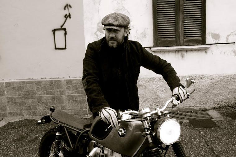 """motorbike """"SUMISURA Moto Art"""".                                           """"COCCOLO FERRI VECCHI FINO"""