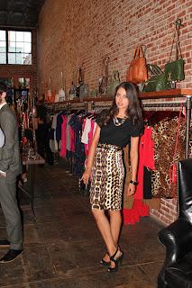 http://4.bp.blogspot.com/-Xwaxok5Jxc8/TjJJ3_FlkII/AAAAAAAAAz4/LL3YBc6OMjg/s1600/rebacca+minkoff+night+out+party+bags+shoes+clothes.JPG