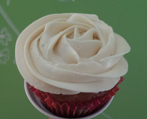 ... : The Perfect Vanilla Cupcake with Honey Swiss Meringue Buttercream