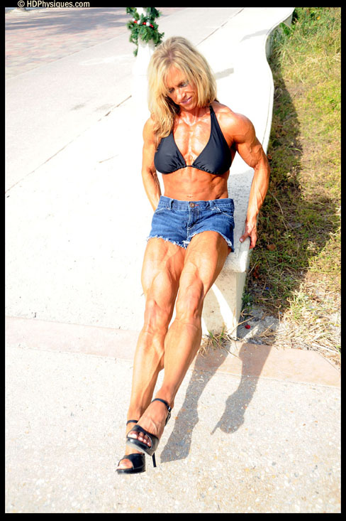 Kirsten Haratyk Female Muscle Bodybuilding Blog HDPhysiques