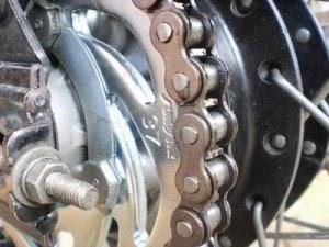 Tips Terbaru Merawat Rantai Motor Agar Tetap Awet