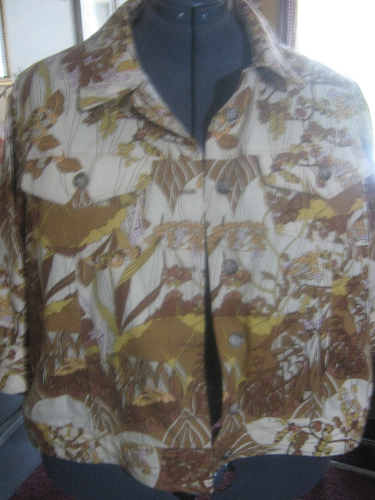 Butterick 5616 Brown Floral Jacket www.sewplus.blogspot.com