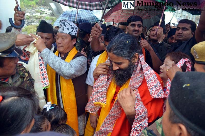 Bimal Gurung Baba Ramdev welcomed at Jogighat Mungpoo