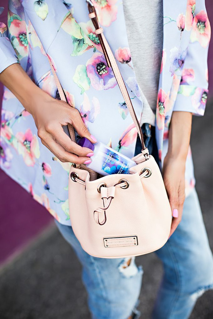 Fashion Attacks inspiration The Bucket Bag