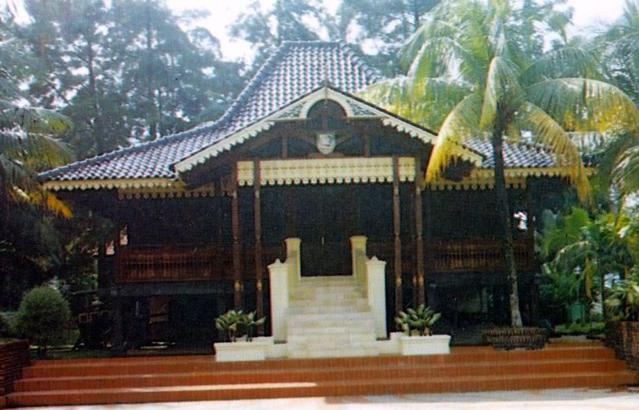 Download this Ini Rumah Adat Bengkulu picture