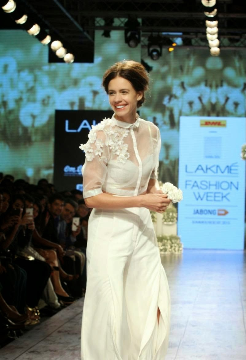 Kalki Koechlin at LFW Summer Resort 2015 Photos