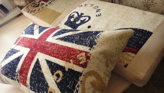 Диванные подушки, напольный матрасик Британский флаг - подарок подростку, подарок мужчине. Интерьер в английском стиле