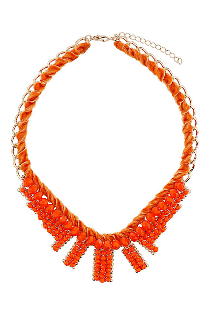 orange velvet collar, necklace,
