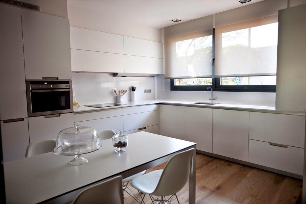 La cocina semiabierta una ventajosa elecci n cocinas for Mueble para encastrar horno y encimera