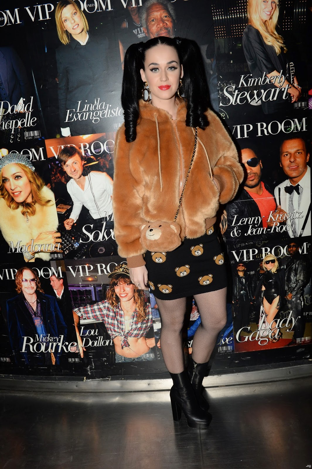 Singer @ Katy Perry - Moschino Party at VIP Club in Paris
