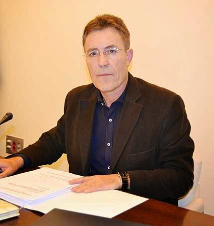 Francisco Morales -- Cautivo -- Novedades Mayo Editorial Nazarí