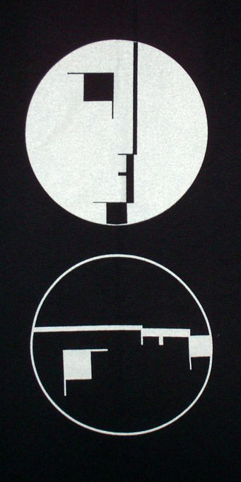 Spark Ber Alles Bauhaus Shadow Of Light