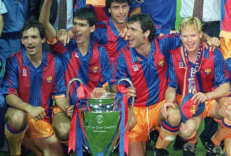[Imagen: FC-Barcelona-16-17-Kit%2B%25283%2529.jpg]