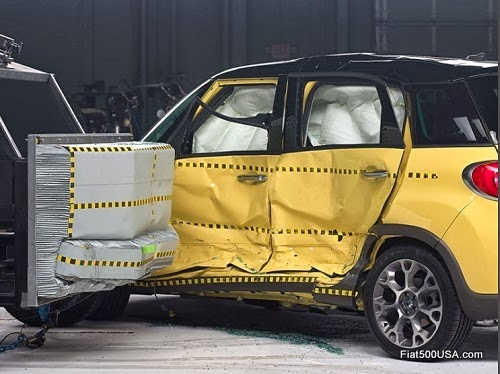 Fiat 500L IIHS Side Impact Test