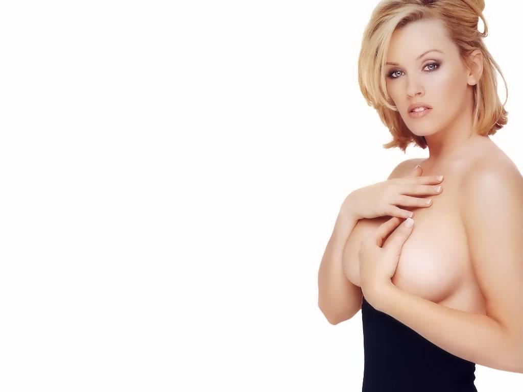 http://4.bp.blogspot.com/-XyiyGiK-1hw/T8B5UW_km3I/AAAAAAAABqo/5D0q60g6Xm8/s1600/jenny-mccarthy-hot-wallpapers-+%282%29.jpg