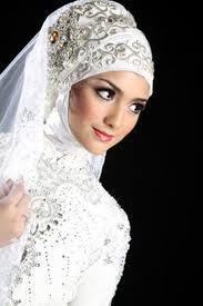 Aneka aksesoris jilbab cantik untuk jilbab pengantin