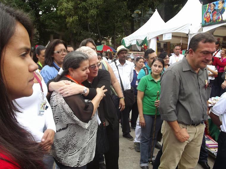 EXPRESION DE AMOR Y ALEGRIA LA QUE REFLEJA ESTA INFOGRAFIA DE LAS VICEMINISTRAS  SORAYA Y GISELA