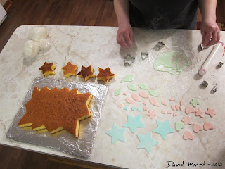 all shapes to decorate a cake, fondant, cookie cutter, heart, star, red, blue