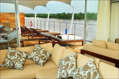 idegue-network.blogspot.com - Hotel Berbintang 5 yang Mengambang di Sungai Amazon