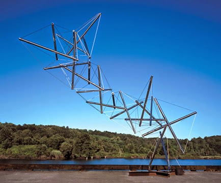Kenneth Snelson: Dragon.